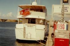 buffett_boat2_small