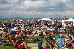 Newport_Crowds